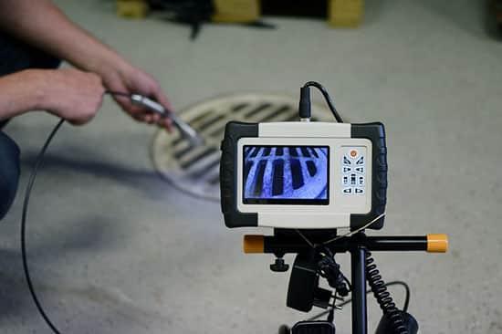 Snimanje cevi kamerom